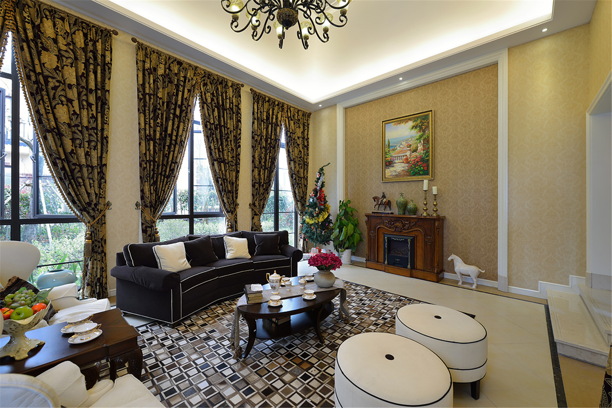 欧式壁炉清新简约客厅家具装修图片
